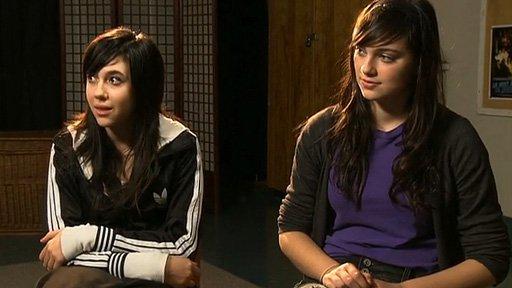 Être ou paraître? Les jeunes face aux stéréotypes sexuels - Témoignage des filles