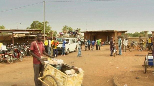 Echos - Folie dans les transports en commun (Burkina Faso)
