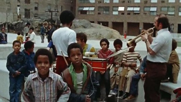 New York - Twin Parks Project - TV Channel 13