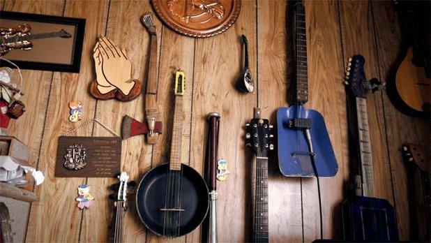 Un luthier pas comme les autres - (Extrait)