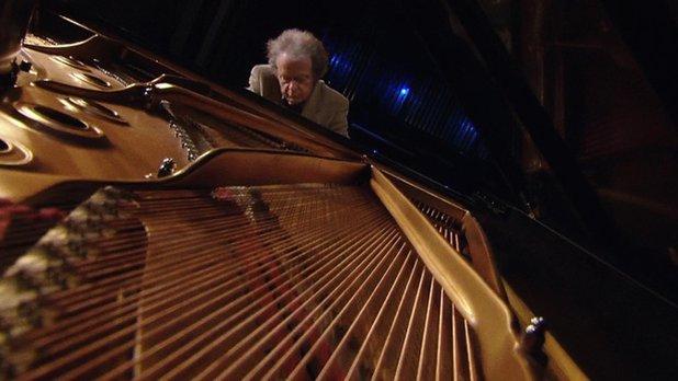 Anton & the Piano