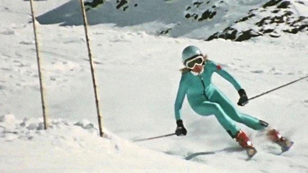 Canada vignettes : la skieuse