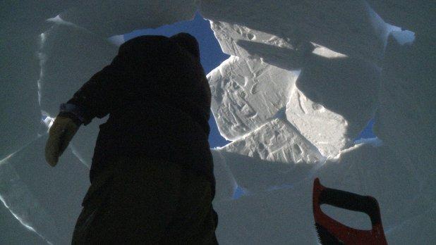 Chroniques de notre terre natale - Si l'on veut se marier, il faut apprendre à construire un igloo