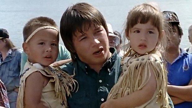 Mi'kmaq Family (Migmaoei Otjiosog)