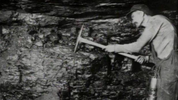 """They Didn't Starve Us Out"": Industrial Cape Breton in the 1920s"