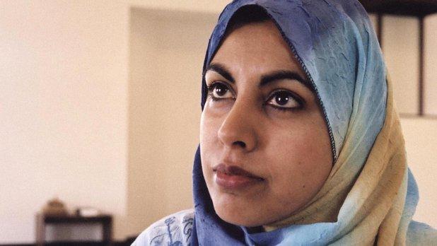 Une femme dans la mosquée
