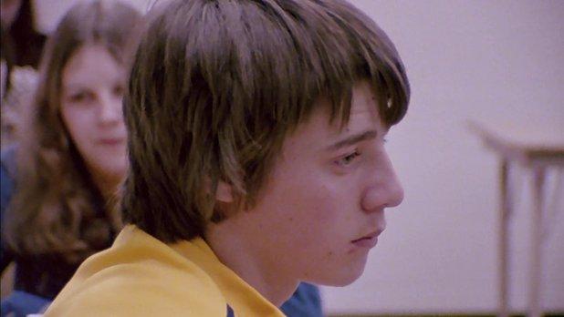 Les enfants des normes - Septième épisode : 16 ans au mois d'août