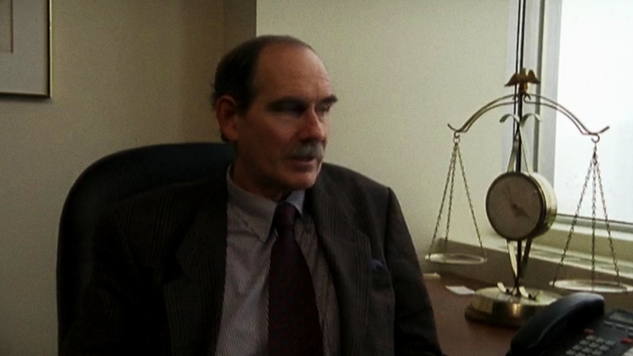 Professeur Norman Cornett : « Depuis quand ressent-on l'obligation de répondre correctement au lieu de répondre honnêtement? »