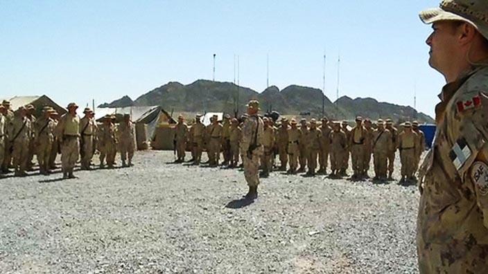Le 22e Régiment en Afghanistan - Une minute de silence (Extrait)
